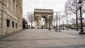 فرنسا تبدأ في تخفيف قيود «كورونا» على ثلاث مراحل