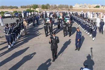 دفن رفات الشهداء.. وفق مراسم عسكرية