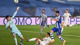 ريال مدريد يسقط أمام ديبورتيفو ألافيس بثنائية