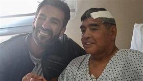 طبيب مارادونا يكشف كواليس الساعات الأخيرة في حياته