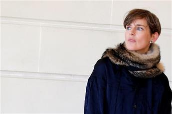 وفاة عارضة أزياء بريطانية شهيرة بشكل مفاجئ
