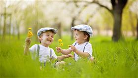 10 خطوات لطفل سعيد