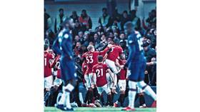 مانشستر يونايتد يضرب تشيلسي بثنائية في عقر داره