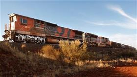قتيلان و12 مصاباً بعد خروج قطار عن مساره في أستراليا
