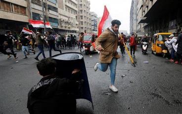 العراق: مقتل شخصين وإصابة 15 آخرين بمواجهات بين قوات الأمن ومحتجين