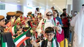مطار ابوظبي الدولي يحتفي بالمسافرين الكويتيين بمناسبة العيد الوطني
