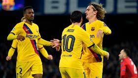 برشلونة يقتنص التعادل من نابولي في دوري الأبطال