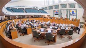 المجلس يقر قوانين احتواء «كورونا»