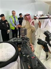 رئيس الوزراء يتفقد مراكز الفحص بالمطار استعدادًا لاستقبال العائدين من الخارج