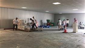 الهلال الأحمر يبدأ حملة «ساعد تسعد» لتوزيع المساعدات الغذائية على الأسر المحتاجة بالبلاد
