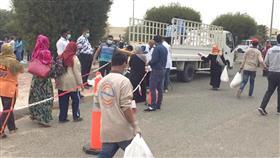 الهلال الأحمر توزع 3 آلاف سلة غذائية على عمال جامعة الكويت والتطبيقي