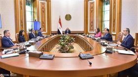 السيسي خلال الاجتماع مع مدبولي والوزراء