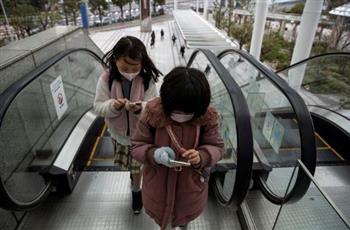 مجموعة طبية يابانية: الكمامات خطر على الأطفال أقل من عامين