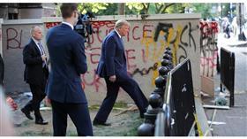 ترمب غاضب من خبر كشف اختبائه في قبو البيت الأبيض