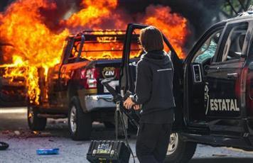 محتجون يشتبكون مع الشرطة في المكسيك بعد وفاة شاب رهن الاحتجاز
