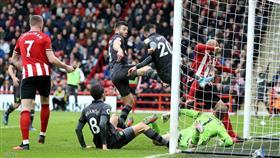 إصابتان بكورونا في الدوري الإنجليزي قبيل أيام من عودة المنافسات
