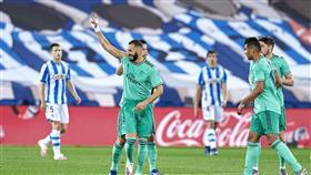 ريال مدريد يقبل الهدية وينتزع الصدارة بثنائية راموس وبنزيمة
