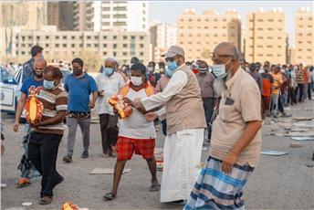 النجاة الخيرية وزعت 6100 سلة غذائية هذا الاسبوع بالتعاون مع «الكويتية للإغاثة»
