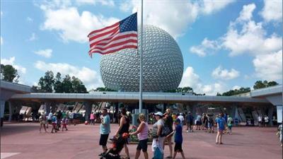 عالم والت ديزني يعيد فتح أبوابه في ولاية فلوريدا الأمريكية