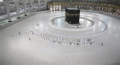 السعودية: 10 آلاف ريال غرامة دخول المشاعر المقدسة بلا تصريح
