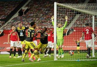 ساوثمبتون يفرض التعادل على مان يونايتد ويحرمه من المركز الثالث
