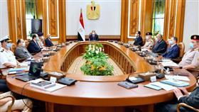السيسي يجتمع بمجلس الدفاع الوطني لبحث ملفي ليبيا والسد