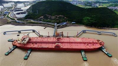 السعودية تتصدر موردي النفط للصين في يونيو