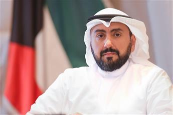 وزير الصحة يتفقد مطار الكويت للاطلاع على الاستعدادات النهائية قبل انطلاق الرحلات التجارية