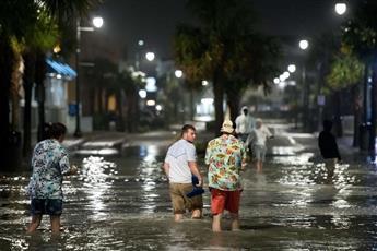 الإعصار إيساياس يضرب ولاية نورث كارولاينا الأمريكية