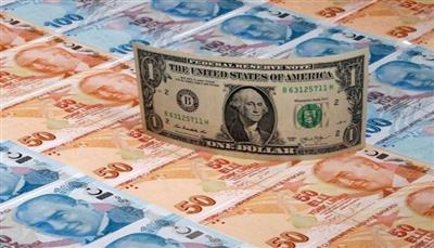 انخفاض قياسي الليرة التركية مقابل الدولار