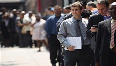 الاقتصاد الأمريكي يضيف 1.8 مليون وظيفة والبطالة تنخفض إلى 10.2 بالمئة