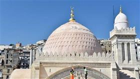 الحكومة الجزائرية تصدر قرارا لفتح المساجد وتستثني صلاة الجمعة