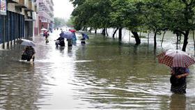 آلاف المتطوعين إلى كوريا الشمالية للتصدي لكورونا والفيضانات