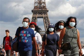 فرنسا تسجل 785 إصابة جديدة بكورونا وتحذيرات من عودة تفشي الوباء
