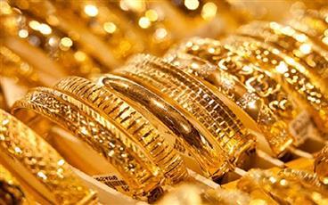 الذهب يرتفع بفعل زيادة الإقبال عليه مع انخفاض الدولار