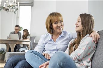 كيف تتعاملين مع مشكلات المراهقة