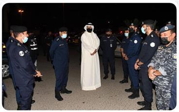 وزير الداخلية يتفقد عدداً من النقاط الأمنية