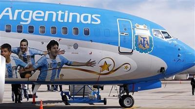 والد ميسي يسافر إلى برشلونة للاجتماع مع بارتوميو