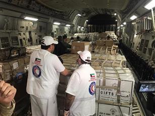 الهلال الأحمر الكويتي يعلن إقلاع طائرة إغاثة إلى السودان محملة بالمواد الغذائية والخيام