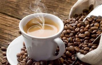 مصاب بـ«كورونا» خرج ليشتري القهوة فغرمته شرطة دبي 50 ألف درهم