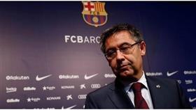 رئيس برشلونة يواجه اقتراعاً بحجب الثقة