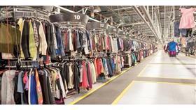 «كورونا» يدفع علامات تجارية كبيرة لبيع الملابس المستعملة