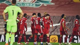 ليفربول يضرب آرسنال بثلاثية في قمة الدوري الإنجليزي