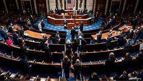 «النواب الأمريكي» يوافق على عزل ترمب