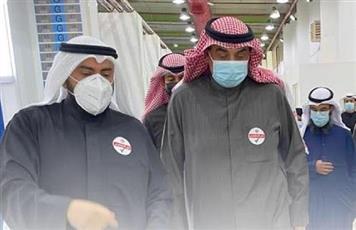 رئيس الوزراء يدشن القاعة رقم 6 بمركز الكويت للتطعيم